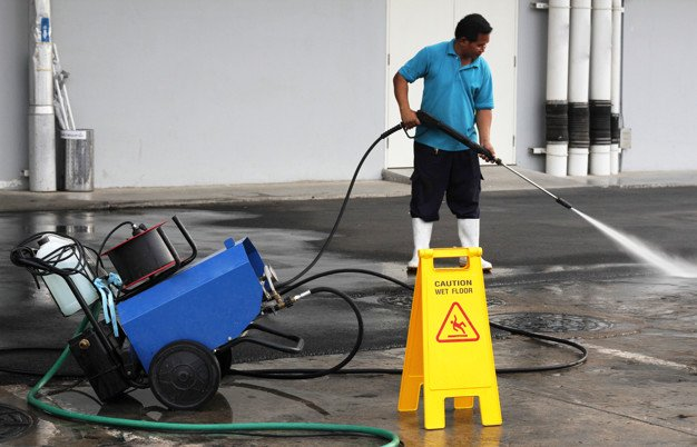 hotel exterior cleaning services
